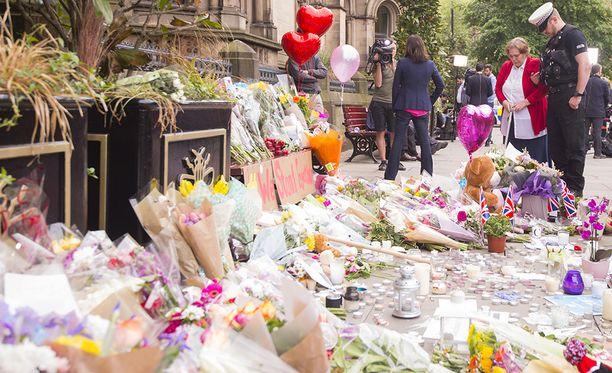 Iskupaikan lähellä on muistettu uhreja.