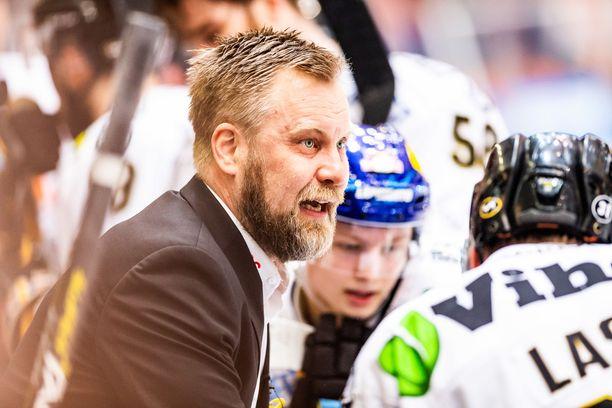 Mikko Manner piiskasi Kärpät Hämeenlinnassa selvään pelin hallintaan.