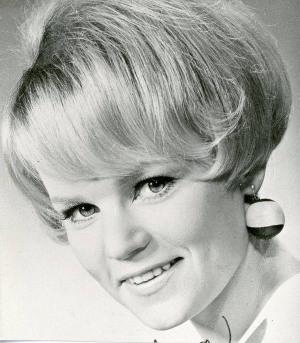 Nuori tulokas ihastutti suomalaiset 1960-luvulla Puhelinlangat laulaa -hitillään.