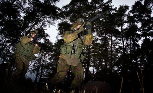 Puolustusvoimat lähetti reserviläisille toukokuussa reserviläiskirjeen.