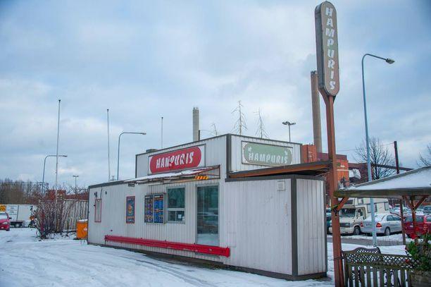 Hampuris-pikaruokaketju on joutunut sulkemaan talousvaikeuksiensa takia muun muassa tämän Helsingin Sörnäisissä olevan ravintolansa.
