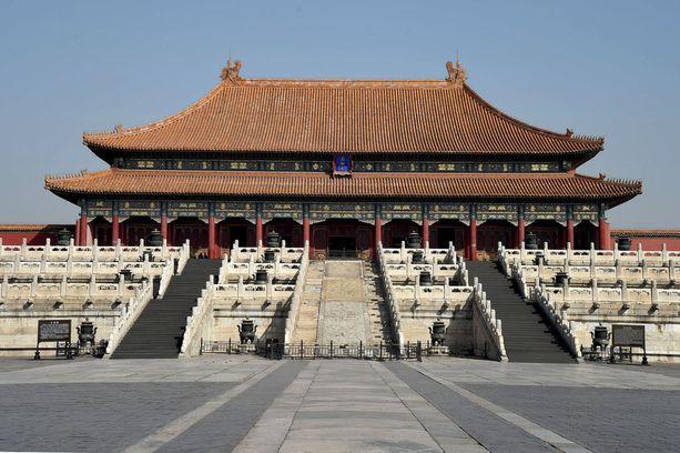 Pekingin nähtävyyksiä lentää nyt katsomaan alle neljälläsadalla.