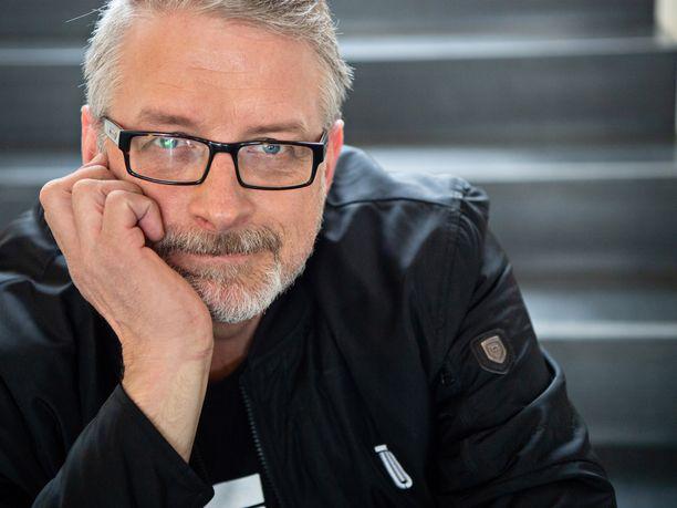 Marko Kilpi on kirjailija ja konstaapeli - ja tuleva kansanedustaja.