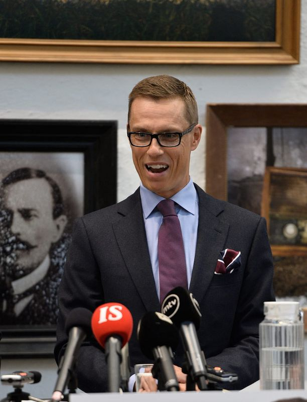 Alexander Stubb kertoi euroehdokkuudestaan perjantaiaamuna.
