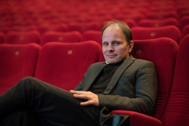 Dome Karukoski on ohjannut monta suomalaisiin uponnutta elokuvaa.
