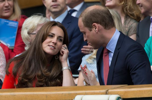 Catherine ja William istuivat katsomossa yhdessä.