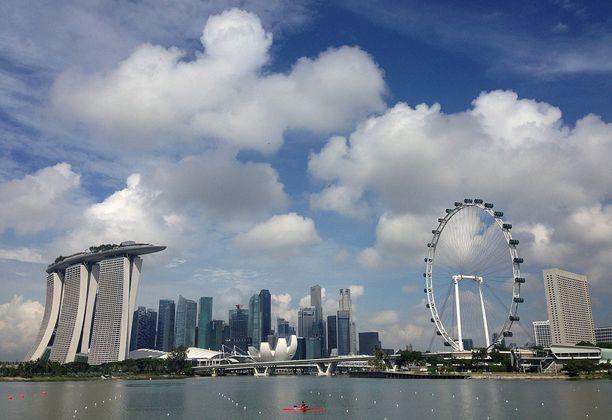 Singaporessa on voimassa kuolemantuomio ja lievistäkin teoista voi saada keppiä.