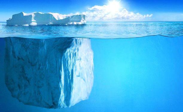 Simuloinnin mukaan jäävuori ei sulaisi liikaa matkalla.