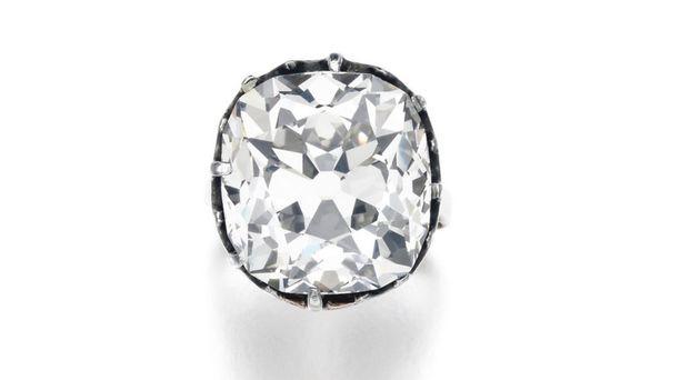 Omistaja oli käyttänyt 400 000 euron arvoista timanttia arkisissa askareissaan.