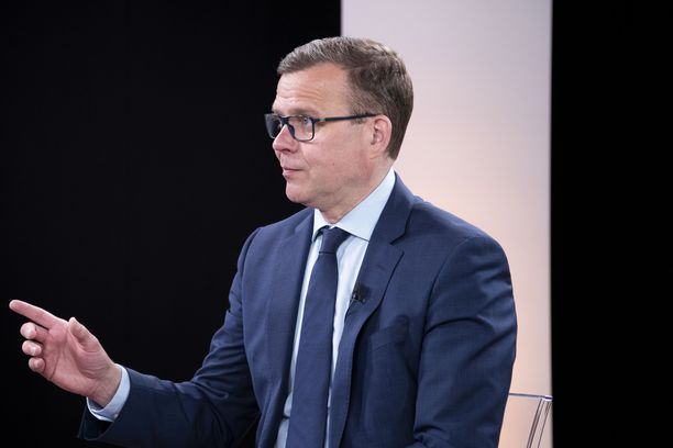 Kokoomuksen puheenjohtaja Petteri Orpo Iltalehden Suoraa Puhetta -kuntavaalitentissä 2.6.2021.