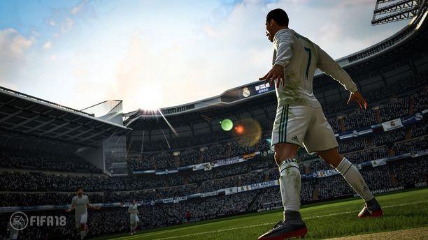 EA:n Fifa 18 jatkaa suosittua jalkapallopelisarjaa.