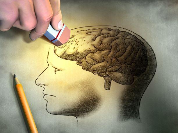 Runsas ja pitkäaikainen alkoholin käyttö voi vaurioittaa aivoja pysyvästi.