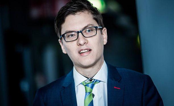 Analyytikko Mikael Rautasen mukaan matkapuhelinyksikkö oli syöksykierteessä jo Microsoftin ostaessa sen Nokialta.