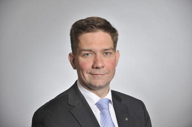 Kansanedustaja Thomas Blomqvist nousee ministeriksi.