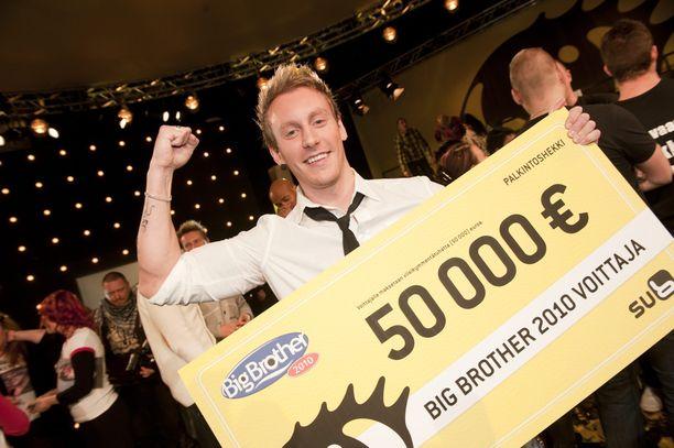 Niko Nousinen voitti 50 000 euroa vuonna 2010 Big Brother -kisasta.