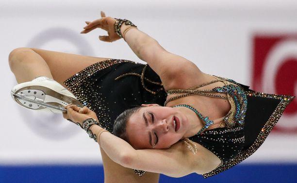 Alina Zagitova ei näillä näkymin metsästä tällä kaudella arvokisamitaleita.