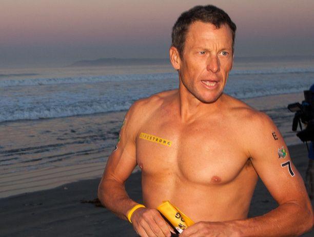 Lance Armstrong on myöntänyt epon käytön, mutta miehen mukaan hänelle ei koskaan edes tarjottu moottoria pyörään.