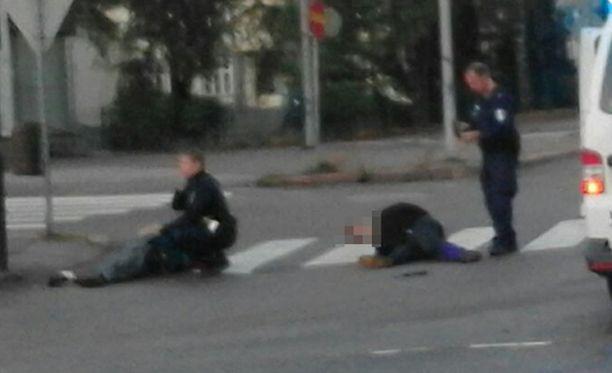 Poliisi selvittää vielä, aiheutuiko tilanteesta vaaraa kenellekään lähistöllä olleelle henkilölle.