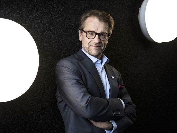 Sitran yliasiamies Mikko Kosonen, 62, jää eläkkeelle vuodenvaihteessa.