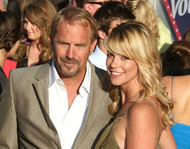 Kevin Costnerille tuleva lapsi on kaikkiaan jo kuudes ja toinen yhteinen vaimo Christine Baumgartnerin kanssa.