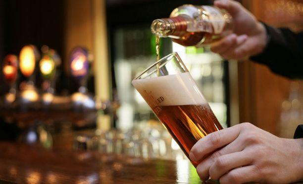 Terveellisten elintapojen noudattaminen hyödyttää myös ylitöitä tekeviä. Niiden hyödyistä on varma tutkimusnäyttö. Liiasta alkoholin juomisesta kannattaa luopua.