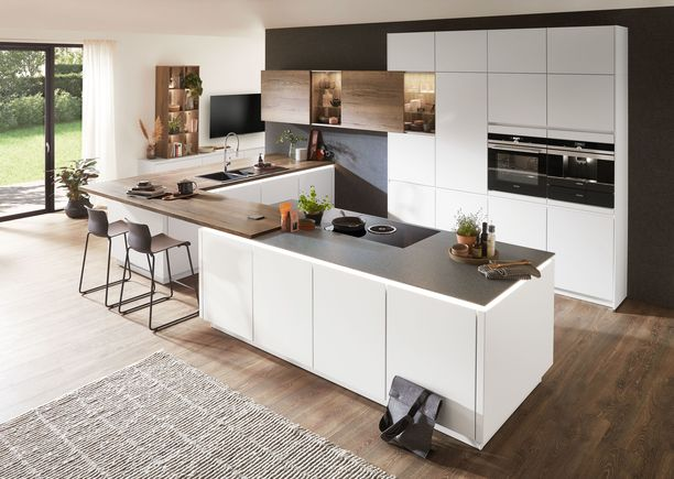 Uusi ja toimiva keittiö on syy satsata keittiöremonttiin. Noblessan valikoimasta löytyy useita tyylikkäitä ja aikaa kestäviä vaihtoehtoja.