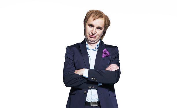 Joonas Nordman tähdittää lauantaina alkavaa Pelimies-sarjaa.