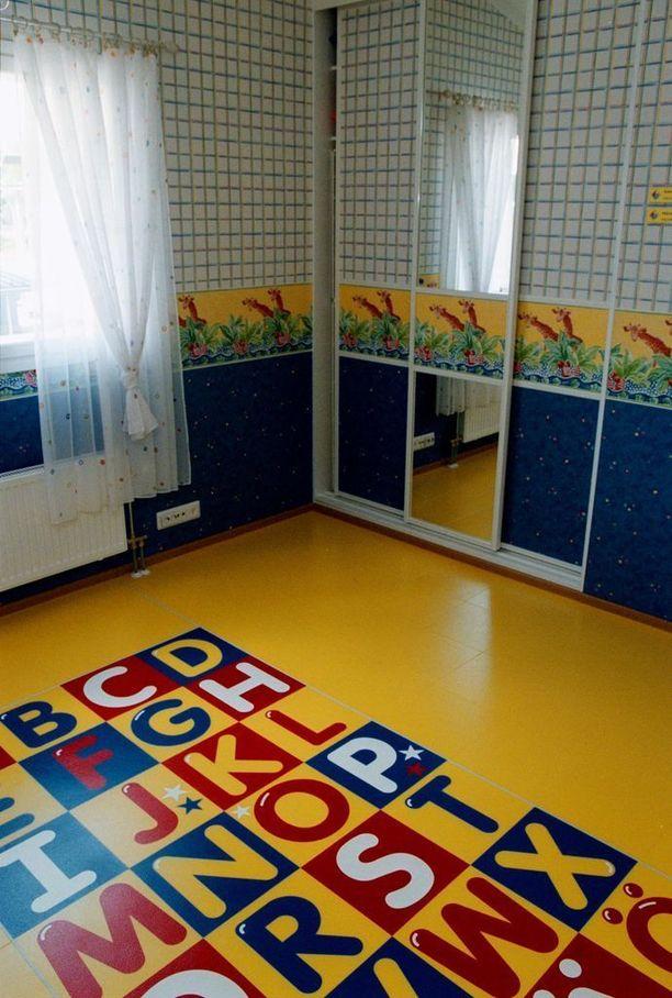 Tältä näytti lastenhuone vuoden 2000 asuntomessuilla.
