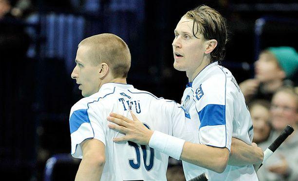 Tero Tiitu ja Mika Kohonen juonivat Suomen toisen ja kolmannen maalin.