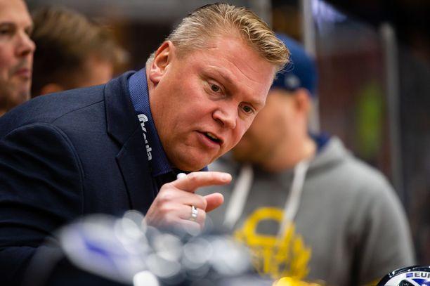 Pekka Virran mukaan Lukolla on aito mahdollisuus menestyä, mutta mestaruudesta ei kannata toitottaa.