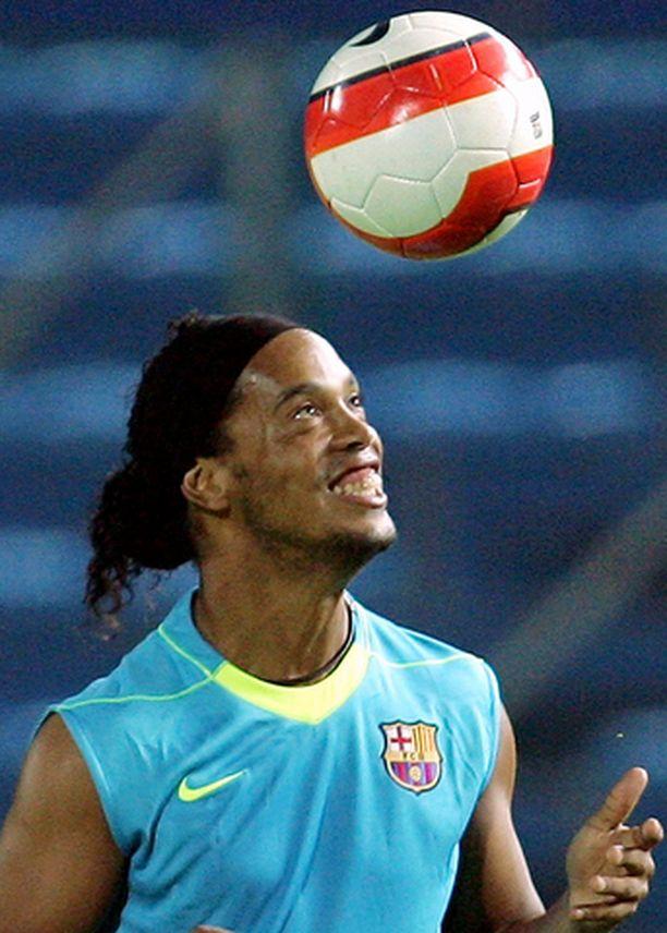 Ronaldinho on nyt sekä Espanjan että Brasilian kansalainen.