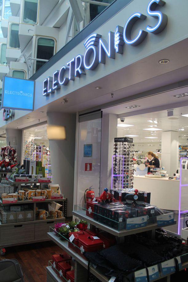 Promenaadin kauppoja on uudistettu, nyt löytyy myös elektroniikkaan keskittyvä puoti.