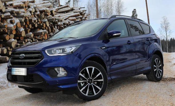 Ford Kuga ja Mondeo. Joissakin malleissa hintanousu jopa 6000 euroa.