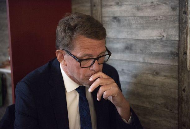 Puhemies Matti Vanhanen arvioi, että uusi hallitus olisi mahdollista saada kasaan nopeasti, jos vanha hallituspohja jatkaa.