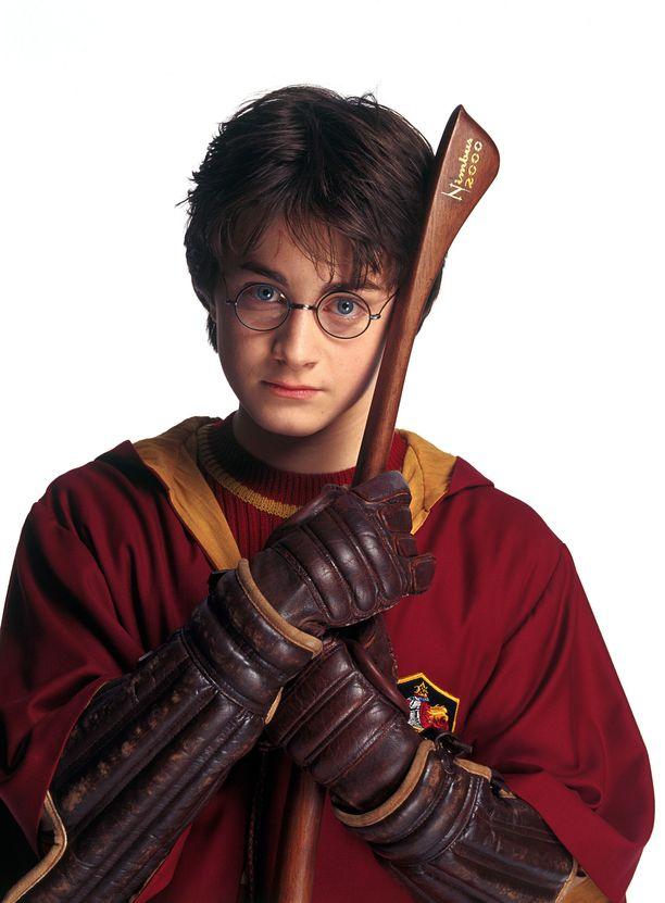 Harry Potterin ja Voldemortin kamppailua seurattiin monen kirjan ja elokuvan verran.
