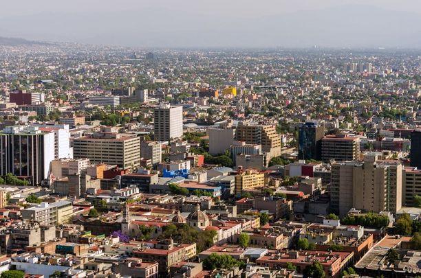 Vajaan yhdeksän miiljoonan asukkaan Méxicossa tapahtuu useita väkivaltarikoksia päivittäin.