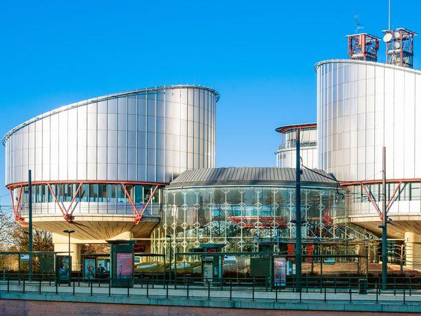 Euroopan ihmisoikeustuomioistuimen rakennus Strasbourgissa Ranskassa.