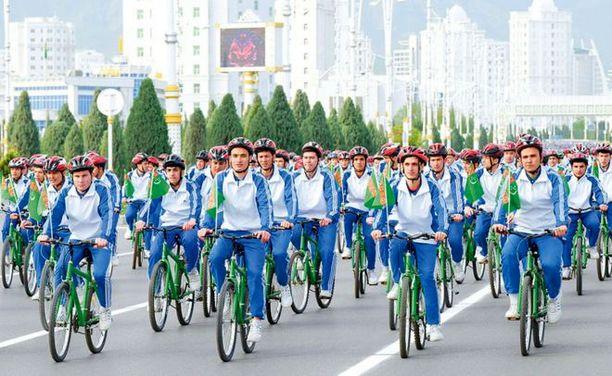 Turkmenistanissa järjestettiin tiistaina kansallinen terveys- ja kuntoilupäivä.