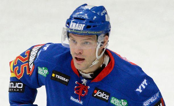 Jarkko Ruutu sai kolmen ottelun pelikiellon.
