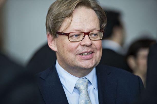 Juhana Vartiainen leikkaisi ennemmin kaupungin palveluista kuin korottaisi Helsingin kunnallisveroprosenttia.