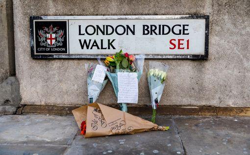 Isis väittää Lontoon puukkoiskun tekijän toimineen järjestön nimissä