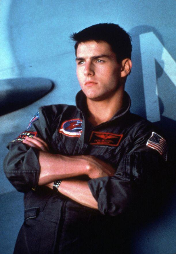 """Pete """"Maverick"""" Mitchellin rooli nosti Tom Cruisen maailmantähteyteen."""