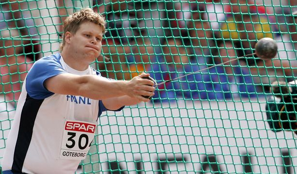 Olli-Pekka Karjalainen voitti moukarissa EM-kultaa vuonna 2006.