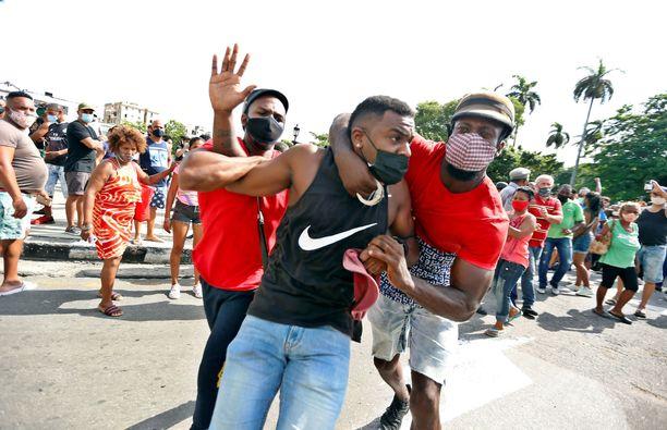 Protesteille ei toistaiseksi näy loppua.