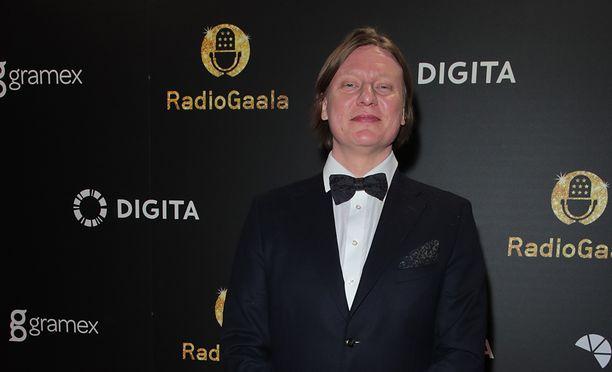Jaajo Linnonmaa on jälleen vuoden radiojuontaja.