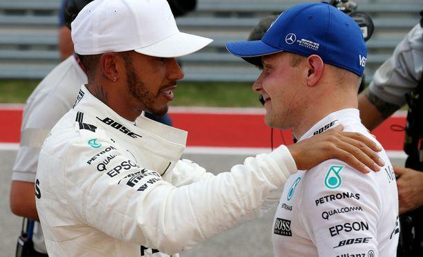 Lewis Hamiltonin ja Valtteri Bottaksen yhteistyö on saumatonta.