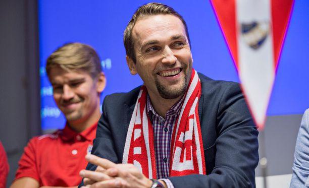 HIFK:n päävalmentaja Jani Honkavaara ei saa kapteeni Esa Terävää mukaan lauantain VPS-otteluun.