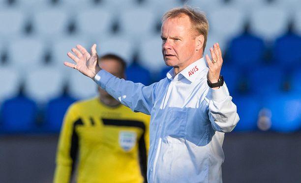 RoPS:n päävalmentaja Juha Malinen pitää varoitusjärjestelmää aikansa eläneenä.