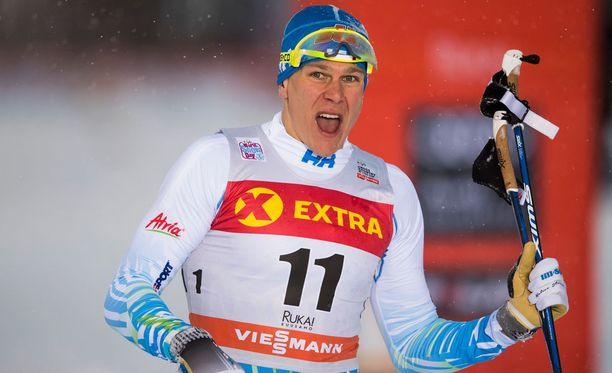 Matias Strandvall eteni aika-ajosta jatkoon Davosissa.