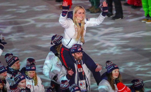 Lindesy Vonn tavoitteli Etelä-Koreassa uransa toista olympiakultaa, mutta joutui palaamaan kotiin pelkkä pronssimitali kaulallaan.